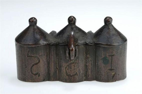 Chrismatorium med okänd proveniens, SHM 299:1. Foto Christer Åhlin.